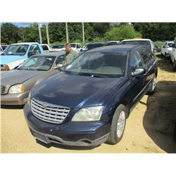 2005 CHRYSLER PACIFICA VIN/SN:2C4GM48LX5R450762 - GAS ENGINE, A/T, ODOMETER READING 148,359 MILES