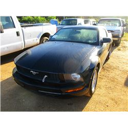 2007 FORD MUSTANG VIN/SN:1ZVFT80N475263632 - GAS ENGINE, A/T, ODOMETER READING 185,409 MILES