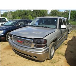 2000 GMC YUCON VIN/SN:3GKEC16T3YG135330 - GAS ENGINE, A/T, ODOMETER READING 272,302 MILES