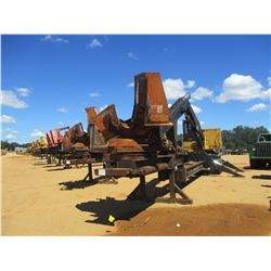 2002 TIGERCAT 240B LOG LOADER, VIN/SN:2400711 - CAB, A/C, CTR DELIMBER, MTD ON PITTS TRAILER, S/N 22