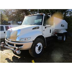 2006 INTERNATIONAL 4300 WATER TRUCK, VIN/SN:1HTMMAAL86H287850 - S/A, IHC DIESEL ENGINE, A/T, WATER T