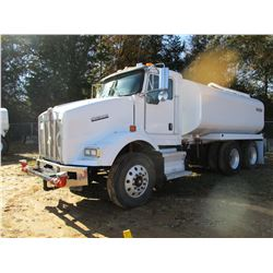2007 KENWORTH T800 WATER TRUCK, VIN/SN:1XKDD09X77J214322 - T/A, 380 HP ISM CUMMINS ENGINE, 10 SPEED