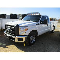 2014 FORD F350 SERVICE TRUCK, VIN/SN:1FT8X3A6XEEA38249 - EXT CAB, GAS ENGINE, A/T, SERVICE TOOL BODY