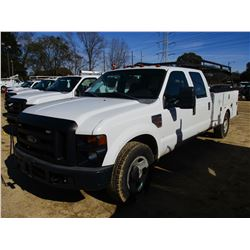 2009 FORD F350 SERVICE TRUCK, VIN/SN:1FDSW34R49EA11824 - CREW CAB, FORD DIESEL ENGINE, A/T, OMAHA SE