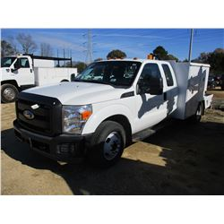 2011 FORD F350 FLATBED, VIN/SN:1FD8X3G66BEB40811 - GAS ENGINE, EXT CAB, A/T, ODOMETER READING 161,32