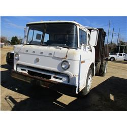 1971 FORD 700 FLATBED DUMP, VIN/SN:C70EVJ04548 - S/A, DIESEL ENGINE, 5 SPEED TRANS, 14' FLATBED, 10.