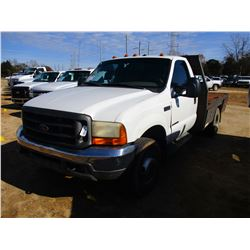 2000 FORD F350 FLATBED, VIN/SN:1FDWF37F5YEE55621 - DUALLY, POWERSTROKE, 15 SPEED, ODOMETER READING 2