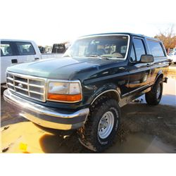 1992 FORD BRONCO XLT, VIN/SN:1FMEU15N4NLA74334 - 4X4, GAS ENGINE, A/T