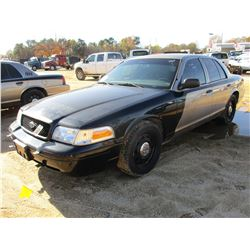 2011 FORD CROWN VICTORIA VIN/SN:2FABP7BV0BX168687 - V8 GAS ENGINE, A/T (COUNTY OWNED)