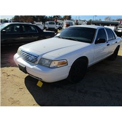 2008 FORD CROWN VICTORIA VIN/SN:2FAFP73V48X147964 - V8 GAS ENGINE, A/T, ODOMETER READING 178,959 MIL