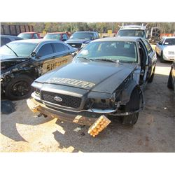 2011 FORD CROWN VICTORIA VIN/SN:2FABP7BV5BX168684 - GAS ENGINE, A/T, DOOR & FENDER MISSING, WRECKED