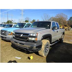 2007 CHEVROLET 1500 PICKUP, VIN/SN:1GCEK19ZX7Z154891 - 4X4, EXT CAB, GAS ENGINE, A/T, ODOMETER READI