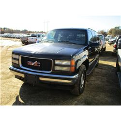 1999 GMC SUBURBAN SLT VIN/SN:3GKFK16RXXG518353 - 4X4, GAS ENGINE, A/T, ODOMETER READING 331,100 MILE