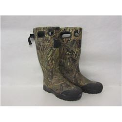ITASCA CAMO RUBBER BOOTS SIZE 10