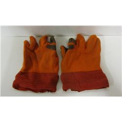 HUNTING GLOVES AND BLAZE ORANGE CLOTHING & PACK