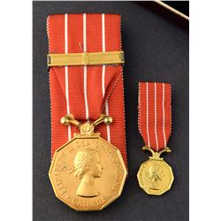 Canadian Forces Decoration : 22 years service with box