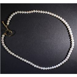 FANCY 14kt YELLOW GOLD TOGGLE & PEARL NECKLACE