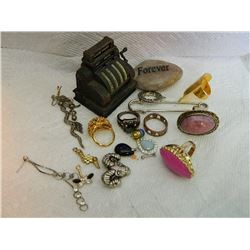 ASSORTED JEWELRY & MORE