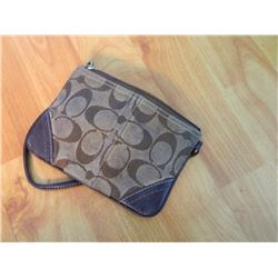 FROM ESTATE - PURSE - ?COACH? - HAND BAG/CHANGE/MAKEUP
