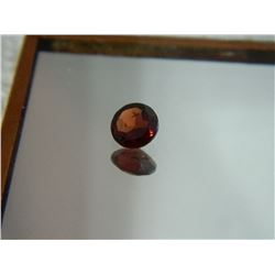 GEMSTONE - GARNET - ROUND FACETED - 5.8 X 2.9mm