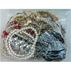ASSORTED - BRACELETS (7), MIRROR FLOWER COMPACT - BROTCH & MORE
