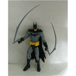 ACTION FIGURE - BATMAN WITH WHIPS & CLOTH CAPE