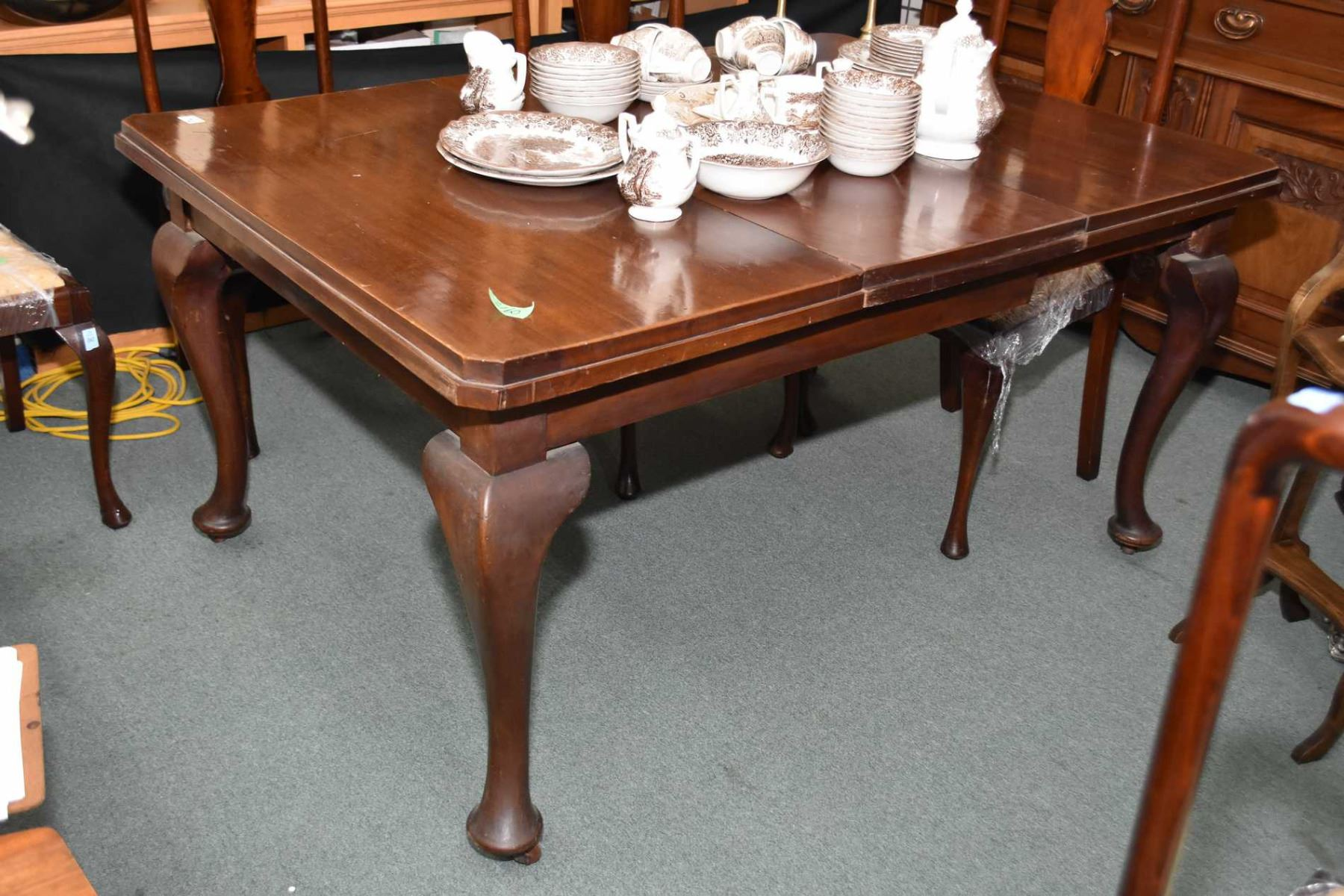 Image 1 : Antique Mahogany Dining Table On Heavy Cabriole Legs And Castor  And One Insert