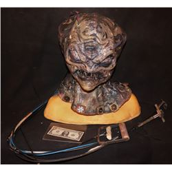ALIEN MUTANT CREATURE FULL HEAD WEARABLE ANIMATRONIC MASK 1