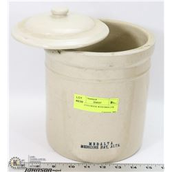MEDALTA CROCK WITH SMALLER LID.