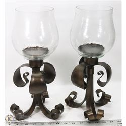 2 CANDLE STANDS