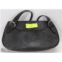 WOMEN'S BLACK LEATHER BUGGIANI PURSE