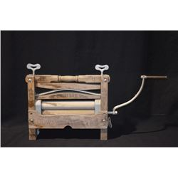 Antique Laundry Wringer No. 11 (Canadian Made)