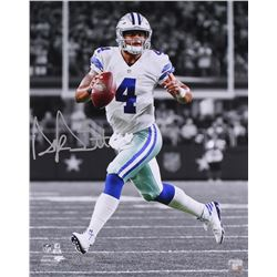 "Dak Prescott Signed LE Cowboys ""Scramble"" 16x20 Photo (Panini COA)"