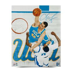 "Kevin Love Signed UCLA Bruins ""Throwdown"" 16x20 Photo (UDA)"