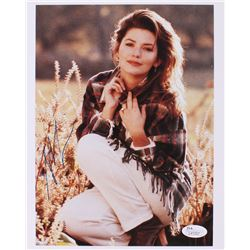 Shania Twain Signed 8x10 Photo (JSA COA)