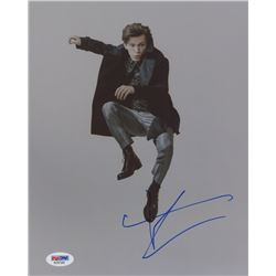 Tom Holland Signed 8x10 Photo (PSA COA)