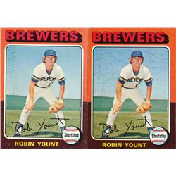 Lot of (2)  1975 Topps #223 Robin Yount RC