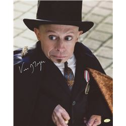"""Verne Troyer Signed """"The Imaginarium of Doctor Parnassus"""" 8x10 Photo (Mead Chasky Hologram)"""