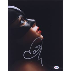 "Halle Berry Signed ""Catwoman"" 11x14 Photo (PSA COA)"