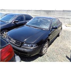 AUDI A4 2000 O/S T-DONATION