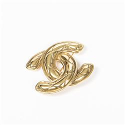 CHANEL Quilted Classic Logo Brooch
