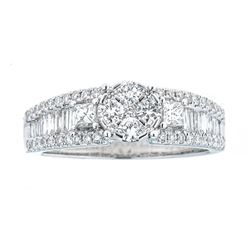 0.98 ctw Diamond Ring - 18KT White Gold