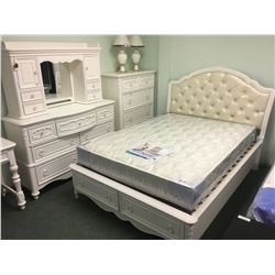 SAMUEL LAWRENCE FURNITURE SWEETHEART BEDROOM DOUBLE SIZE STORAGE BEDROOM SET  WITH 5 DRAWER
