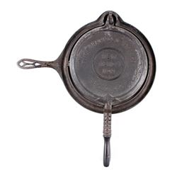 "Griswold ""New American"" No. 9 Waffle Iron-Low Base"