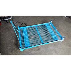 BLUE METAL CART