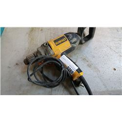 DEWALT 1/2 INCH DRILL TESTED AND WORKING