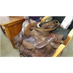 LEATHER GREAT WEST SADDELRY SADDLE
