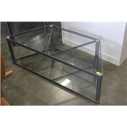 GLASS 2 TIER ENTERTAINMENT STAND