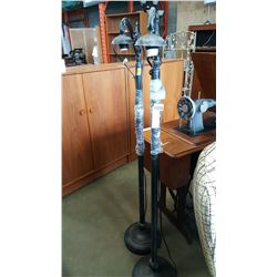 PAIR OF METAL FLOOR LAMPS