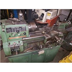 Standard Modern Lathe 11inch Serie 2000 on 110v with tooling